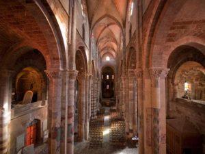 Voûte de la Basilique St-Julien de Brioude, Haute-Loire, Auvergne