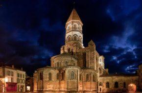 Basilique Saint-Julien de Brioude, patrimoine architectural et culturel, Haute-Loire, Auvergne