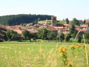 Village de Champagnac dans les contreforts du Livradois, Les Gorges de l'Allier au Pays de Lafayette, Haute-Loire, Auvergne