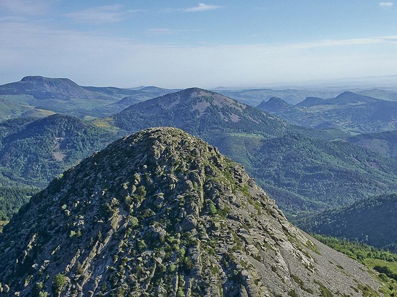 le mont gerbier source de la loire cascade rivi 232 res et chutes d eau d auvergne auvergne