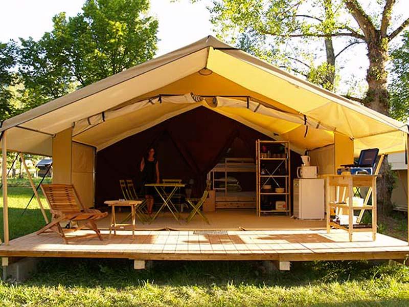 Dormez à La « Belle étoile » Dans Un De Nos Campings En Haute-Loire