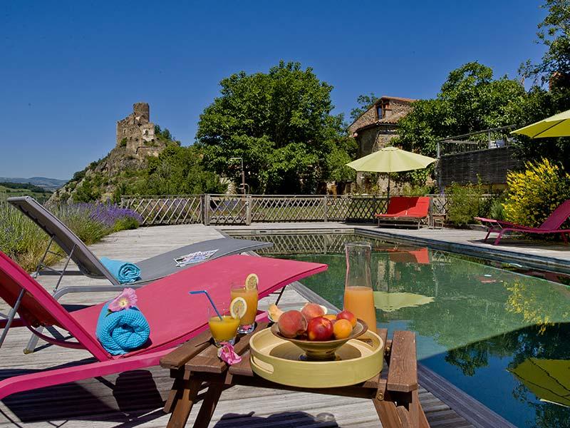 Chambre DHtes En Auvergne Location Avec Piscine Et Auberge En