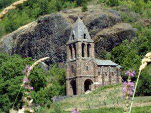 Chapelle Ste marie des Chazes dans la vallée de l'Allier, Les Gorges de l'Allier au Pays de Lafayette, Haute-Loire, Auvergne