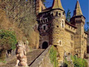 Château de la Rochelambert à Saint-Paulien, monument, Haute-Loire, Auvergne