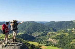 Randonnée pédestre dans le Pays du Velay, Loisirs de pleine nature, Haute-Loire, Auvergne