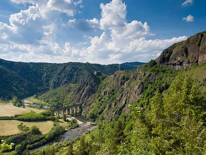 Les Gorges de l'Allier au Pays de Lafayette, Haute-Loire, Auvergne