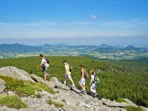 Randonnée sur le Pic du Lizieux, Grandes Randonnées au pays de la Jeune Loire, loisirs de pleine nature, Haute-Loire, Auvergne