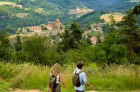 Randonnées pédestre à Chanteuges, Les Gorges de l'Allier au pays de Lafayette, Haute-Loire, Auvergne