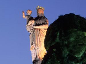 Statue Notre-dame de France, patrimoine architectural et culturel, Le Puy-en-Velay, Haute-Loire, Auvergne