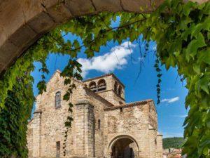 Eglise romane St Laurent classée parmi les monuments historiques, Haute-Loire, Auvergne