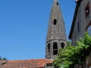 Eglise et clocher de St Cirgues, Haute-Loire, Auvergne