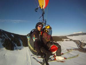 Bouger, sports d'hiver, Parapente à ski dans le massif du Mézenc, Haute-Loire, Auvergne
