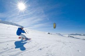 Bouger, sports d'hiver, Kite-surf aux Estables, Mézenc, Haute-Loire, Auvergne