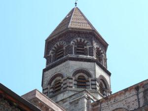 Basilique Saint-Julien de Brioude, villes et villages fleuris, Haute-Loire, Auvergne