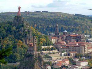 Le Puy-en-Velay et ses monuments, villes et villages fleuris, Haute-Loire, Auvergne