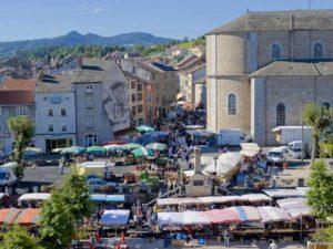 Yssingeaux - 2 fleurs, villes et villages fleuris, Haute-Loire, Auvergne