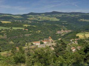 Chanteuges, Boucle moto à la journée : Plateaux et gorges en Margeride, Haute-Loire, Auvergne