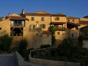 Village de Lavaudieu, maisons de vignerons restaurées, Haute-Loire, Auvergne