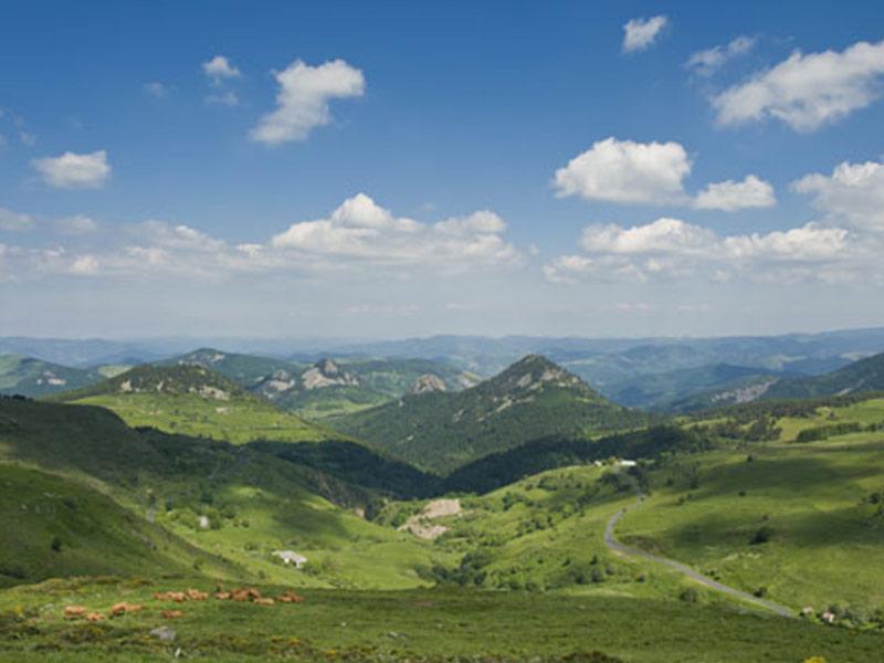 Le massif du Mezenc, La Grande Boucle Moto : découverte de la Haute-Loire, Auvergne