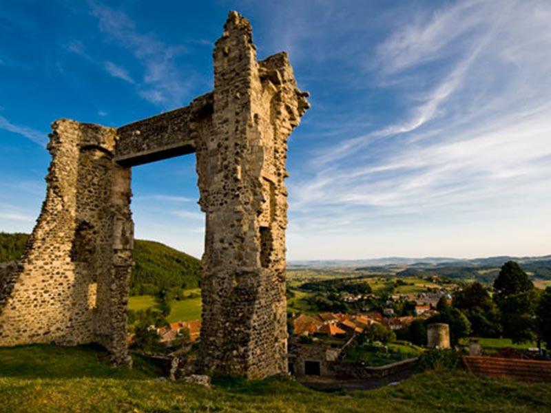 Village d'Allègre, Pays du Velay, Haute-Loire, Auvergne