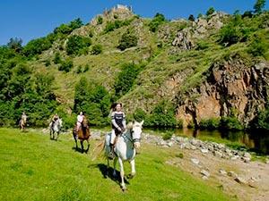 Balade à cheval, à poney ou à dos d'âne dans la Loire sauvage, activités, Haute-Loire, Auvergne