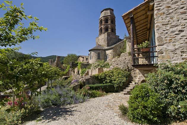 Auvergne rh ne alpes vacances haute loire location h bergement et tourisme auvergne - Office tourisme haute loire ...