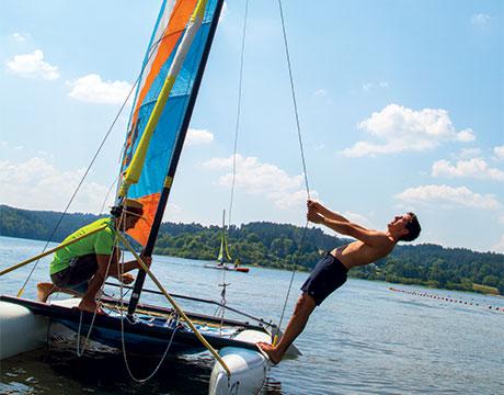 Faire le plein d'activités nautiques en Auvergne