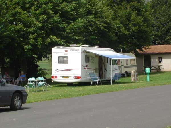 camping-de-Siaugues-web-600