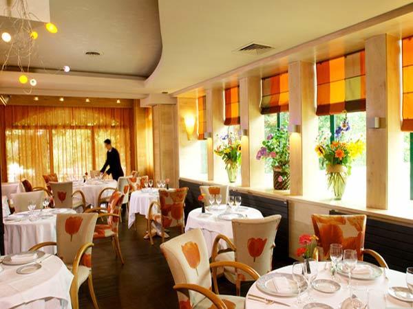 Restaurant alleyras Brun cacaud