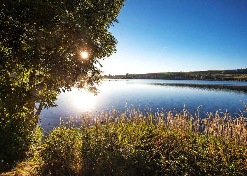 Lac_Saint_Front
