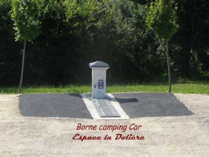 CAM_Borne aire camping car_beauzac_