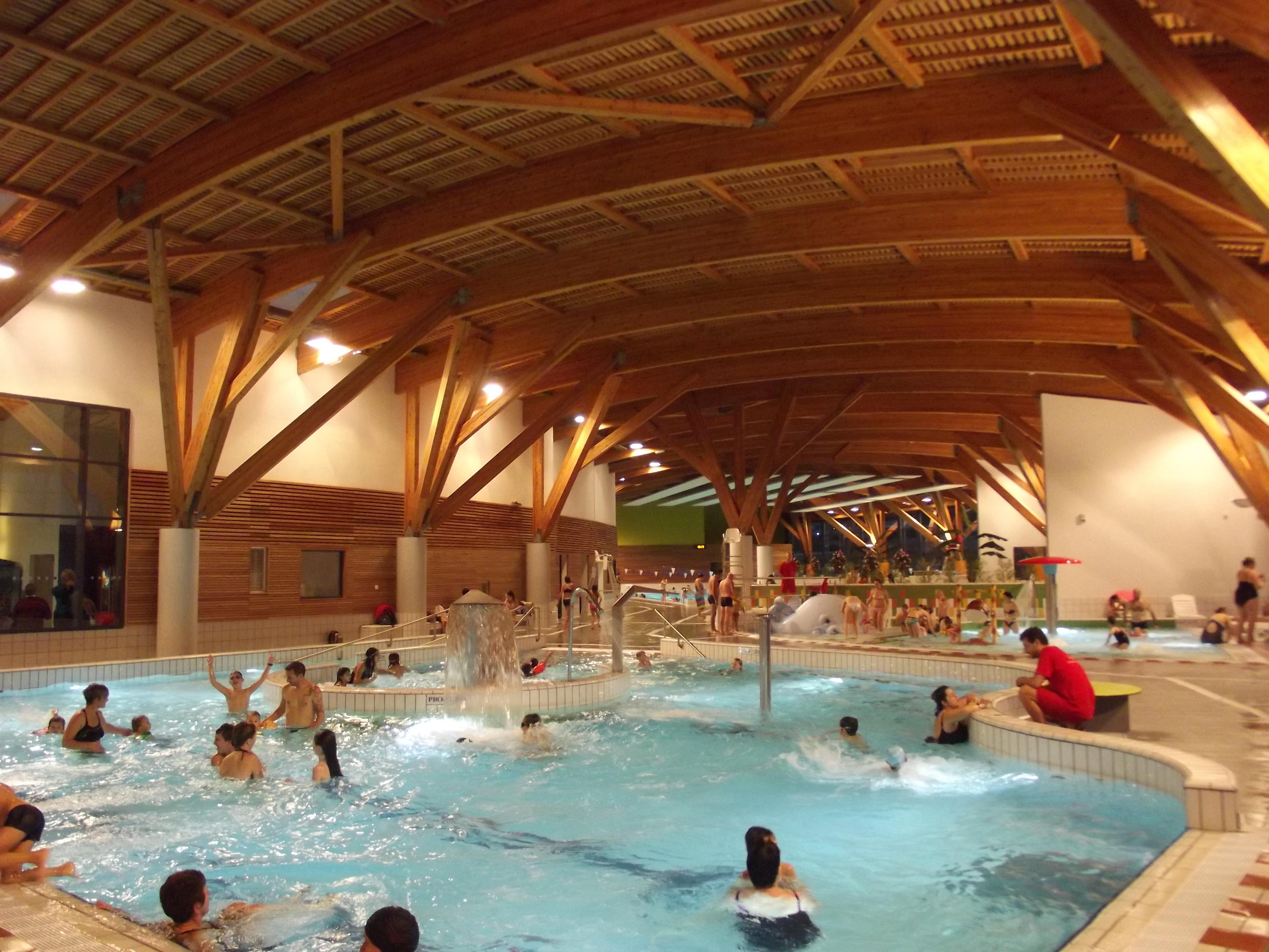 Centre aquatique l 39 ozen auvergne vacances - Piscine de nort sur erdre ...
