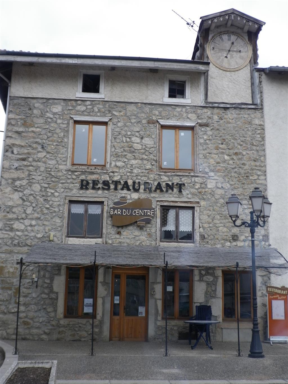 RES_Bar-restaurant-du-Centre_Voery