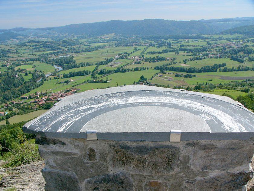 EQU_Sentier-du-suc-de-ceneuil_volcans-en-liberté_saint-vincent_haute-loire