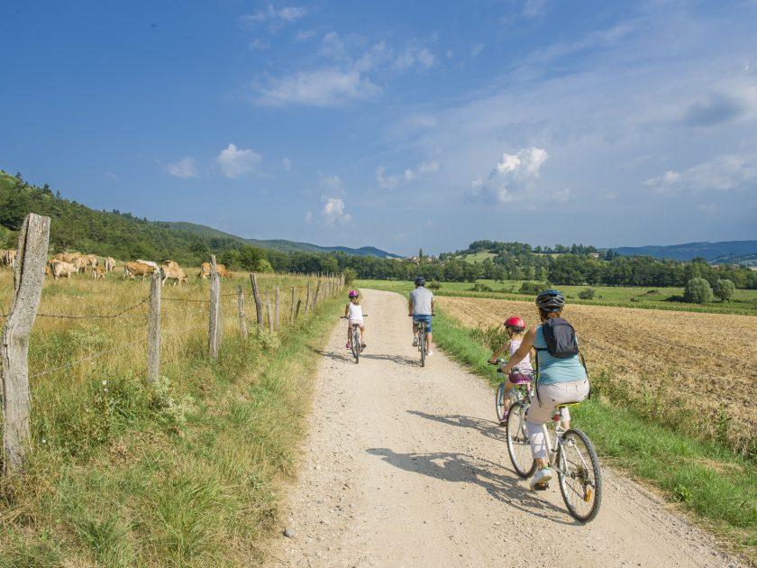EQU_circuit-velo-cyclotourisme_de-pierre-et-d-argile-alentours_saint-pierre-du-champ_credit-luc-olivier