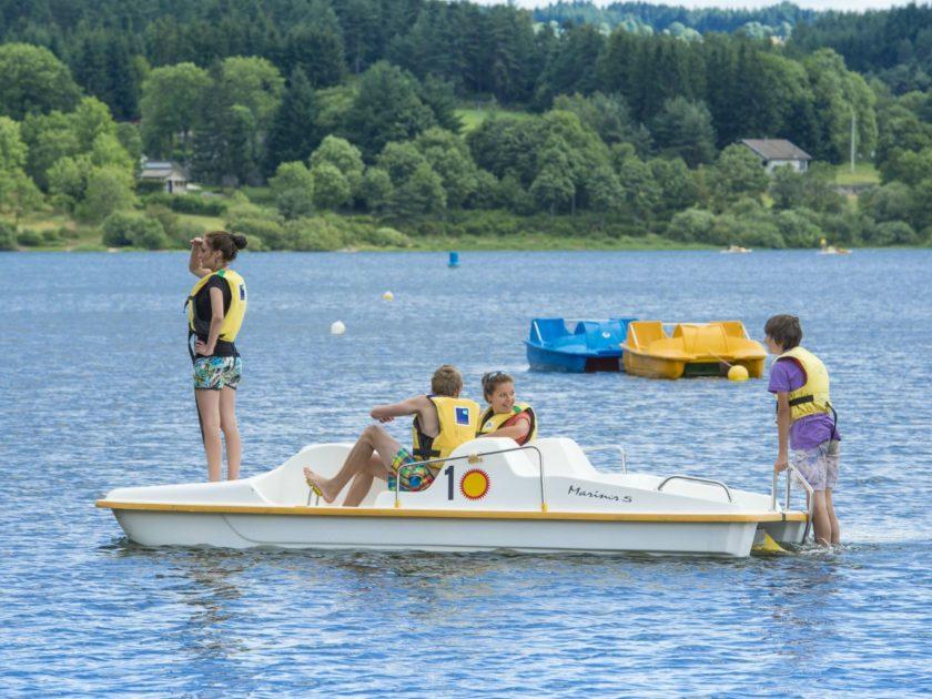 Pédalo au lac de Lavalette