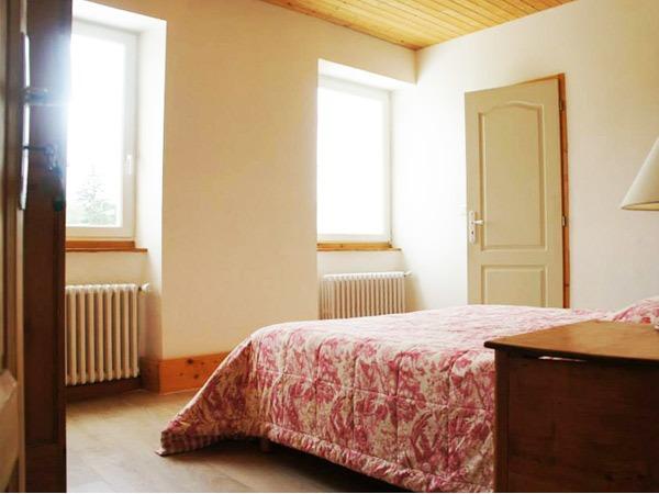 Maison la vigne chambre d 39 h tes le chambon sur lignon auvergne vacances - Chambre d hote chambon sur lignon ...