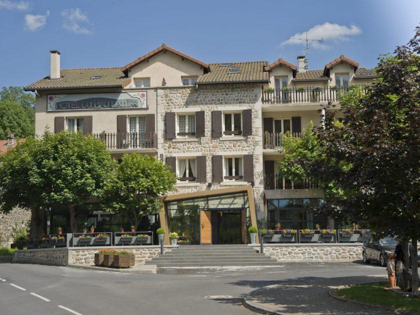 SEJ_Vallee et Gorges de l'Allier, sur les Pas de Lafayette_ hôtel restaurant du Haut Allier