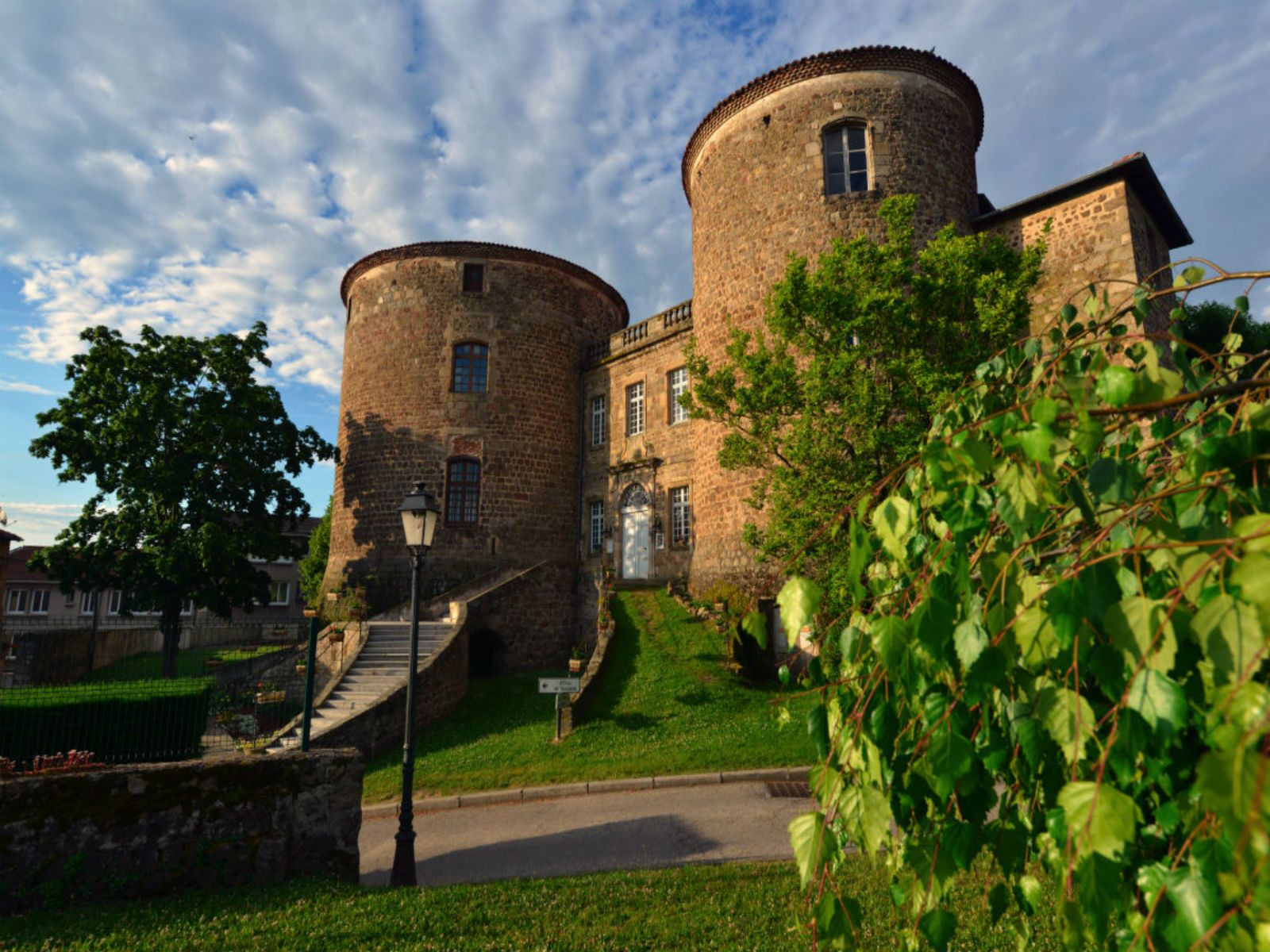 EVE-chateaudeseveques_monistrol_jcparayre