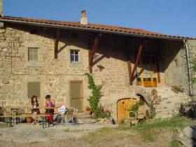 Chez_la_vierzou_chambres_d'hôtes_Charraix