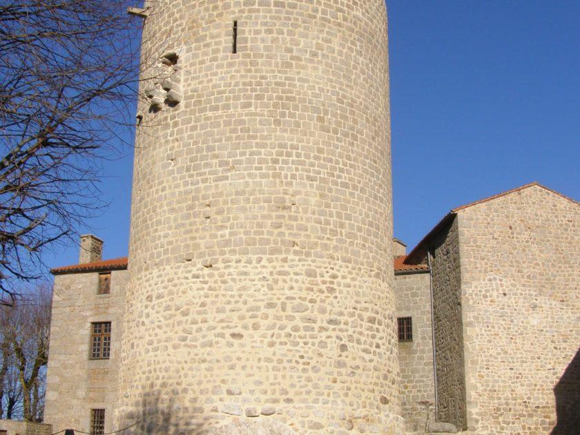 Donjon_château_d'Esplantas