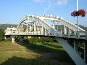 Pont Alexandre Bertrand