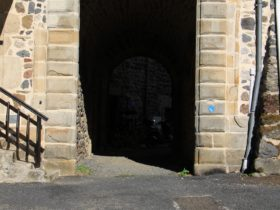 Porte Abbaye St Pierre des Chazes