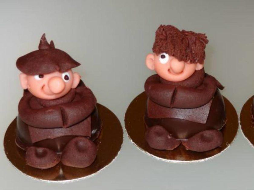 Petits moines en pâte d'amande