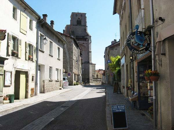 Rue La Chaise-Dieu