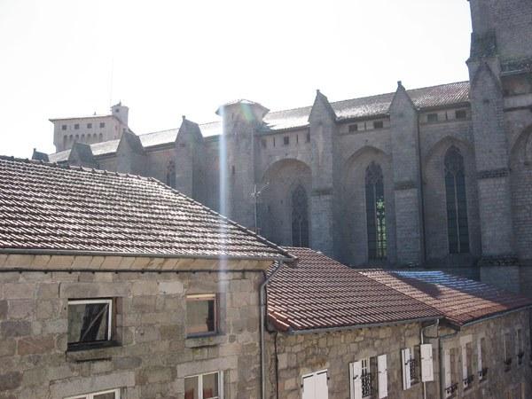 vue église abbatiale St Robert