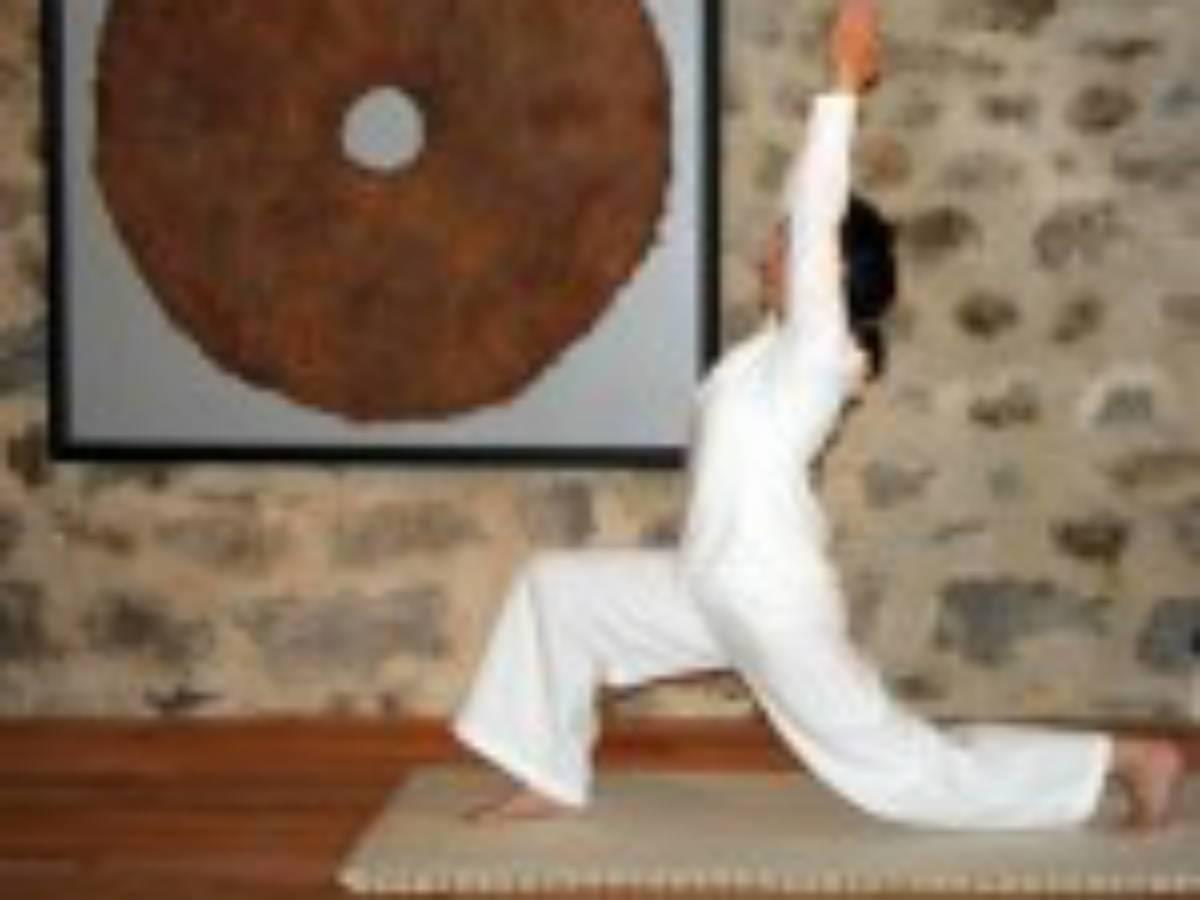 ACT- anjaneyasana posture