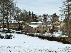 Château de Folgoux enneigé