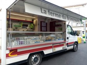 La_Ferme_du_Brancouny_au_marché_Saugues