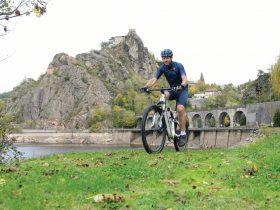 Le grand tour de Saint-Paul-en-Cornillon